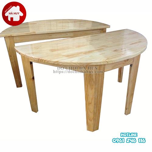 bàn gỗ hình bán nguyệt