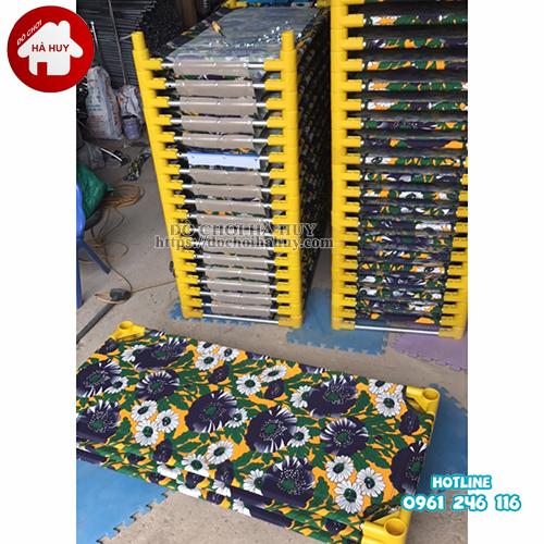 Giường bạt hoa cho bé mầm non HC1-013-1