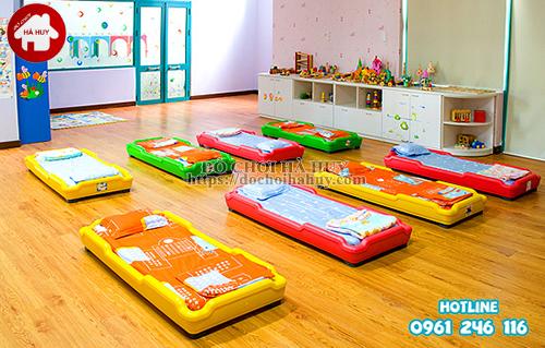 Giường ngủ nhựa cho bé mầm non HC1-017-2