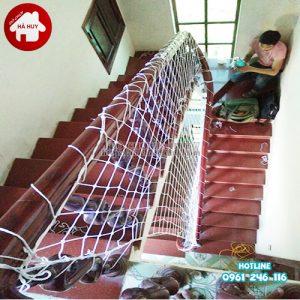 Lưới chắn cầu thang cho bé HC3-001