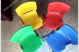 Hướng dẫn lựa chọn loại ghế phù hợp cho trường mầm non
